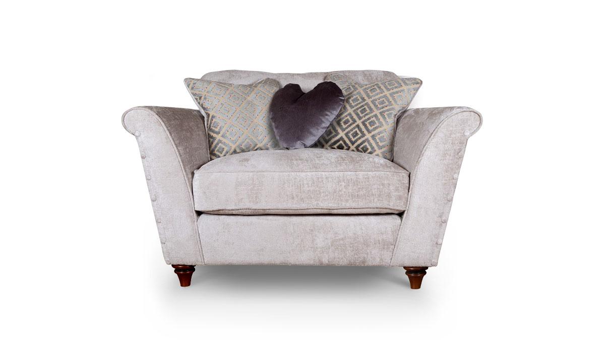 Destiny Love Chair