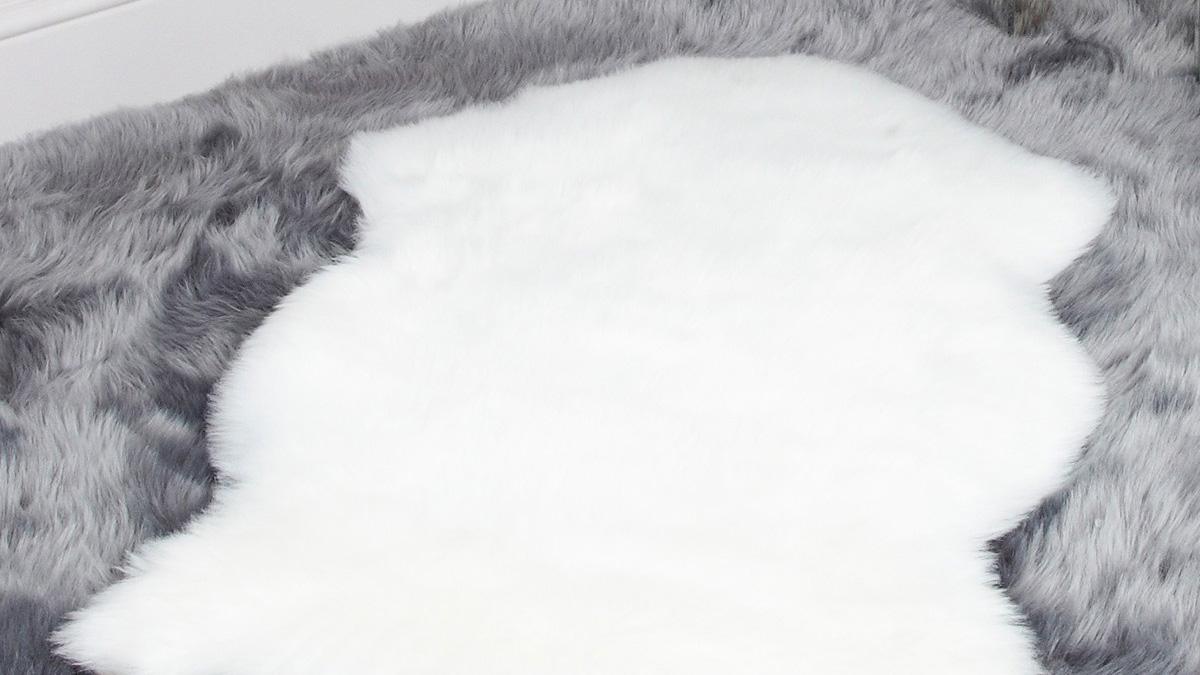 Faux Fur Pelt Rug